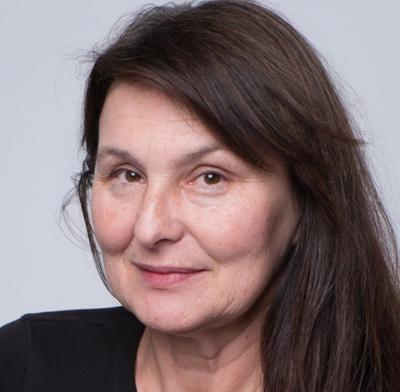 Mgr. Erika Kralčáková